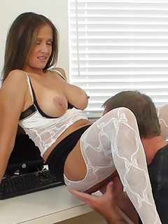 Mature Pussy Lick Pics